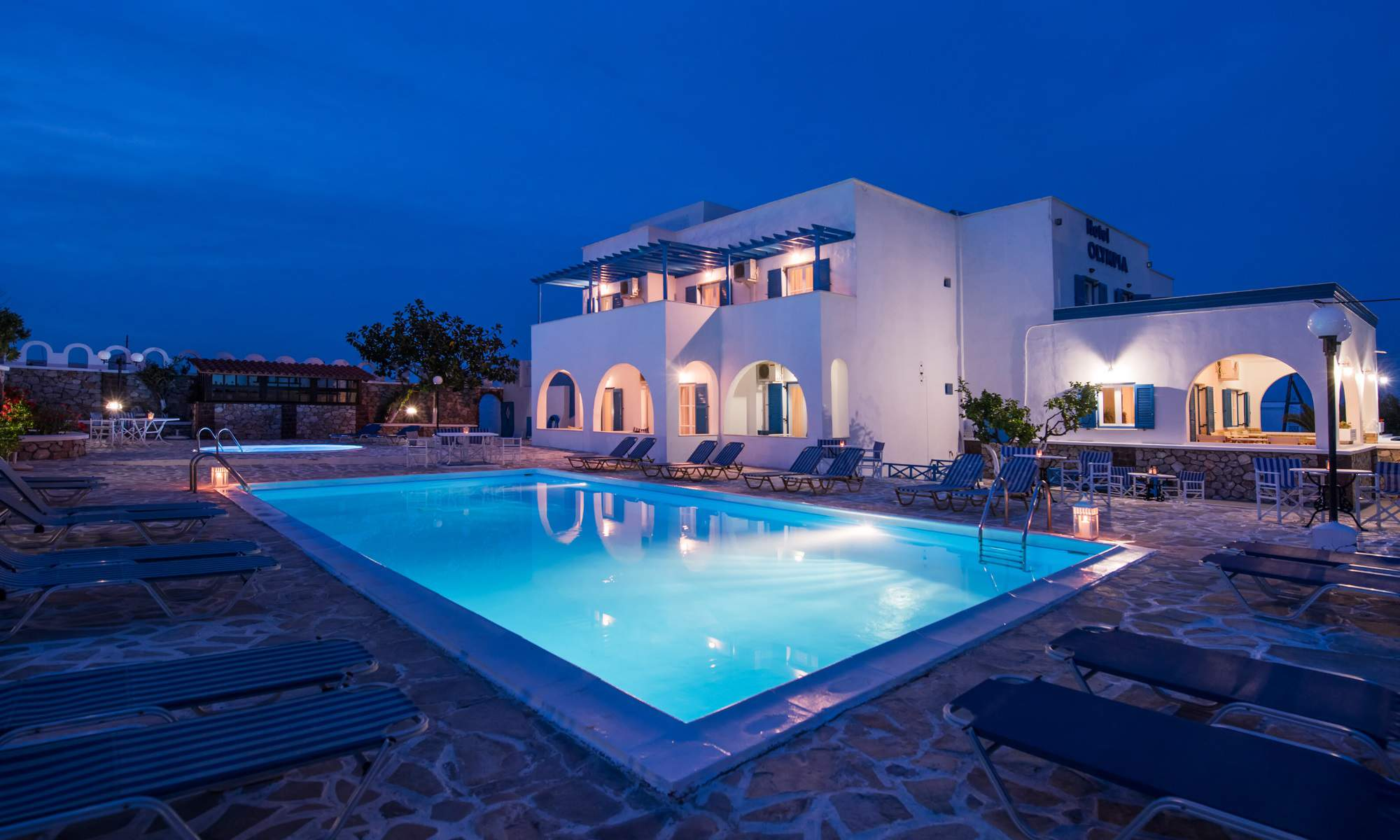 Hotel Olympia Offers A Traditional Cycladic Setting Conveniently Located In Quiet And Peaceful Neighborhood Yet Only Few Minutes Walk 600 Meter From